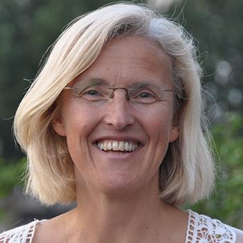 Cora van der Steeg Zorg-Zangeres Zingen in de Zorg